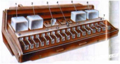 Схема расположения элементов монтажного блока старого образца