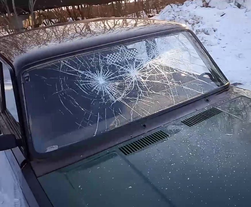 фото стекло разбито