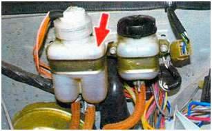 Ваз 21074 ремонт вытекает тормозная жидкость